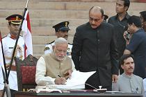 Modi signing register