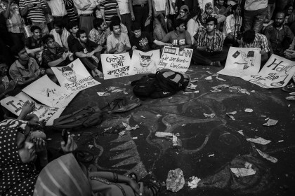 Shahbag_Projonmo_Square_Uprising_Demanding_Death_Penalty_of_the_War_Criminals_of_1971_in_Bangladesh_23