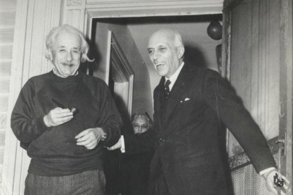 Jawaharlal_Nehru_with_Einstein,_1949