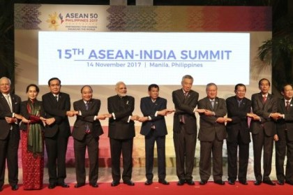 MANILA, Nov. 14, 2017 (Xinhua) -- Participants pose for group photos during the 15th ASEAN-India Summit in Manila, the Philippines, Nov. 14, 2017. The 15th ASEAN-India Summit was held here on Tuesday. (Xinhua/IANS)