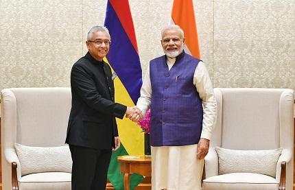 PM of Mauritius meets PM Modi