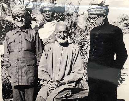 Frontier Gandhi Khan Abdul Gaffar Khan, whose Khudai Khidmatgar (Servants of God) Movement  in NWFP was based on the Gandhian principals of non-violence and Satyagraha. He is seen here surrounded by his countrymen who are all wearing Pathan turbans.
