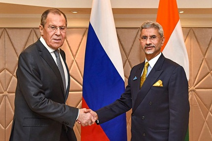Russian FM visits India